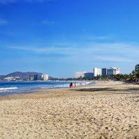 ixtapa zihuatanejo mexico beach